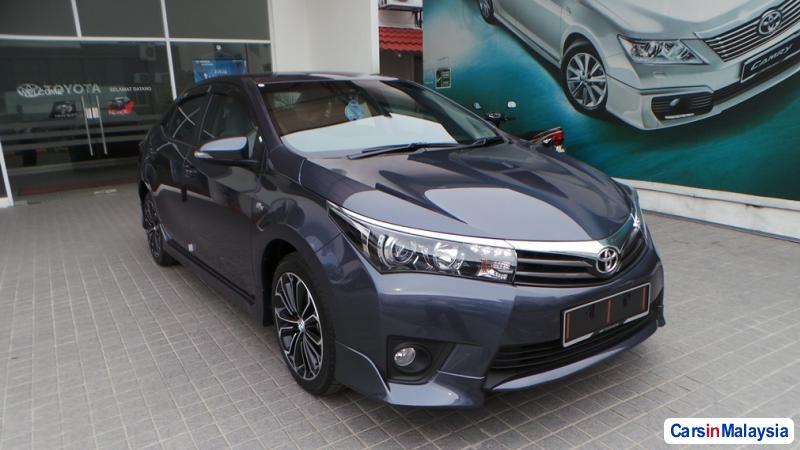 Picture of Toyota Altis Semi-Automatic