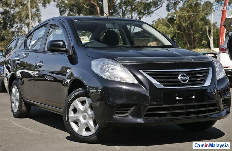 Picture of Nissan Almera Automatic