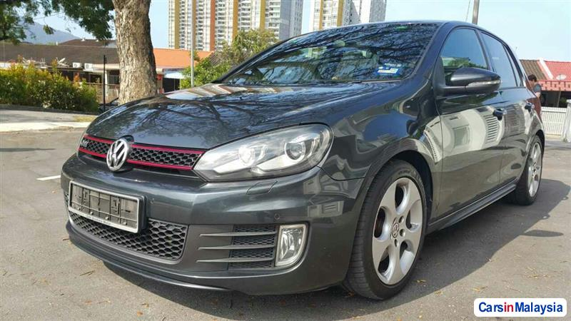 Picture of Volkswagen Golf Automatic 2010