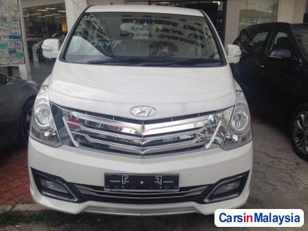 Picture of Hyundai Grand Starex Automatic