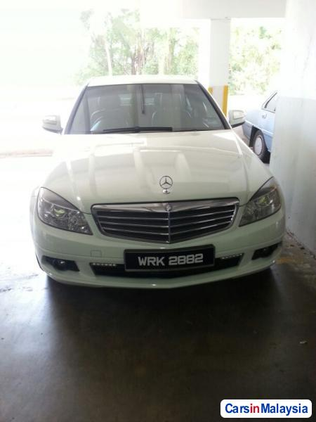 Pictures of Mercedes Benz C-Class Automatic 2007