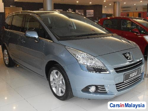 Picture of Peugeot 5008 Automatic