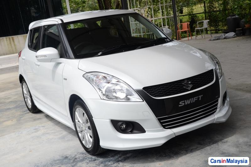 Pictures of Suzuki Swift Automatic