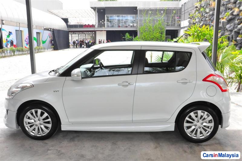 Picture of Suzuki Swift Automatic in Pahang