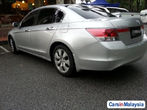 Picture of Honda Accord Semi-Automatic 2010
