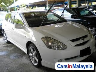 Pictures of Toyota Caldina Semi-Automatic 2008