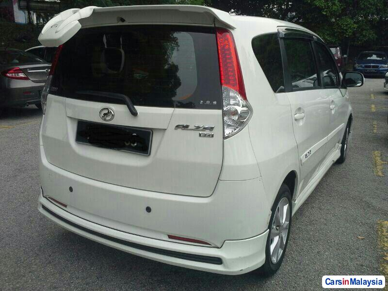 Pictures of Perodua Alza Automatic 2011