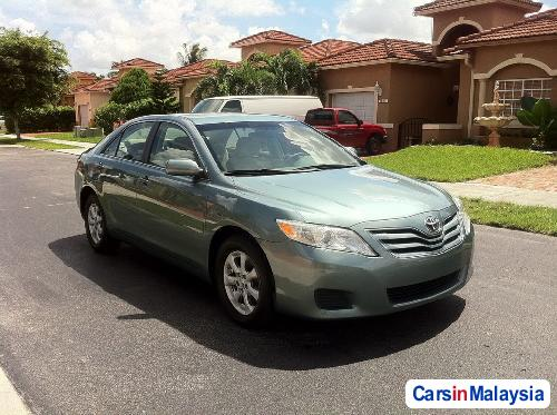 Pictures of Toyota Camry Automatic 2010