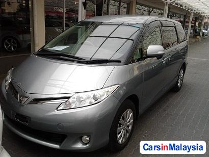 Picture of Toyota Estima Automatic 2009