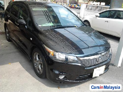 Picture of Honda Stream Automatic 2007
