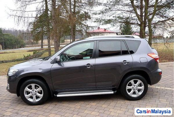Picture of Toyota RAV4 Manual 2005