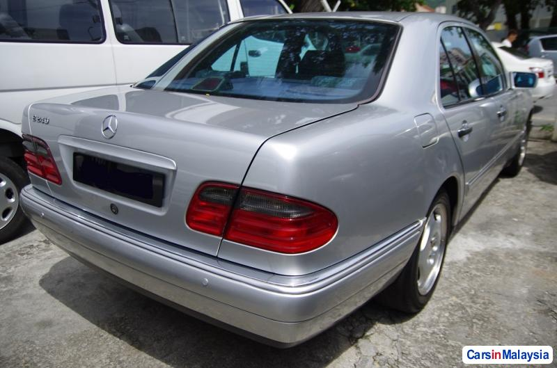 Picture of Mercedes Benz E240 Automatic 1998