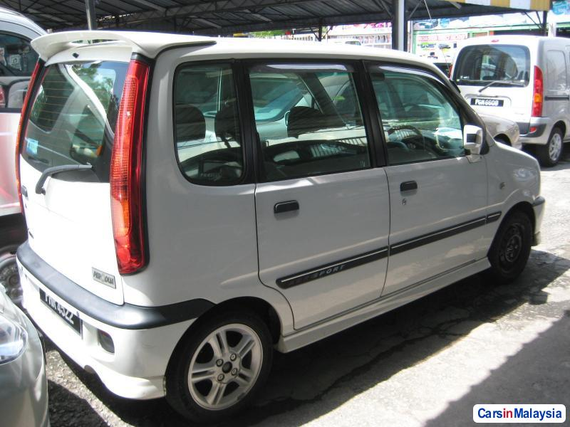 Picture of Perodua Kenari Manual 2008