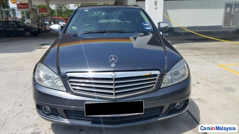 Picture of Mercedes Benz 280 Automatic 2009