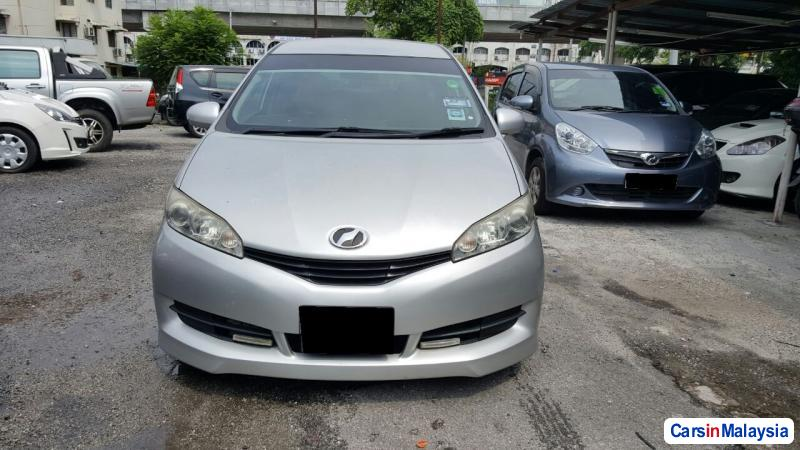 Picture of Toyota Wish Semi-Automatic 2014
