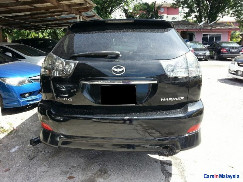 Toyota Harrier Automatic 2005