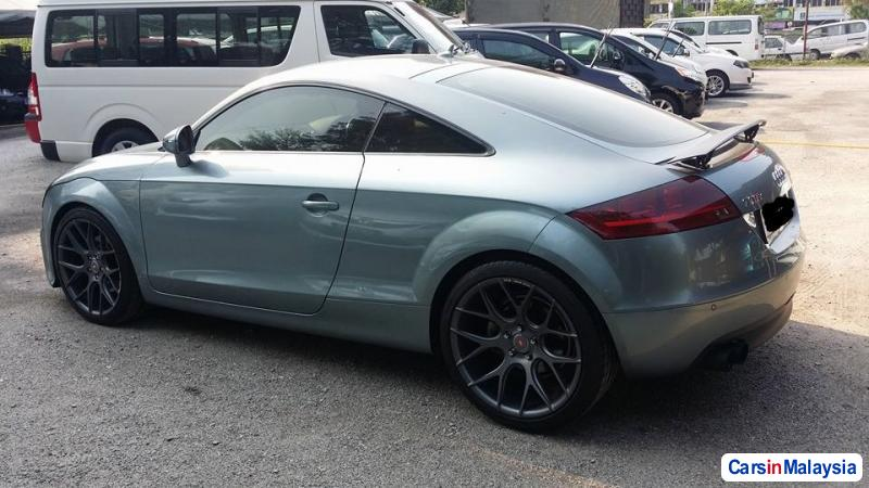 Audi TT Semi-Automatic 2011 - image 3