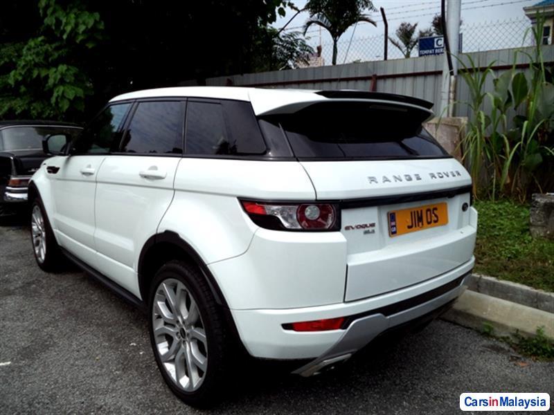 Land Rover Range Rover 2011 - image 2