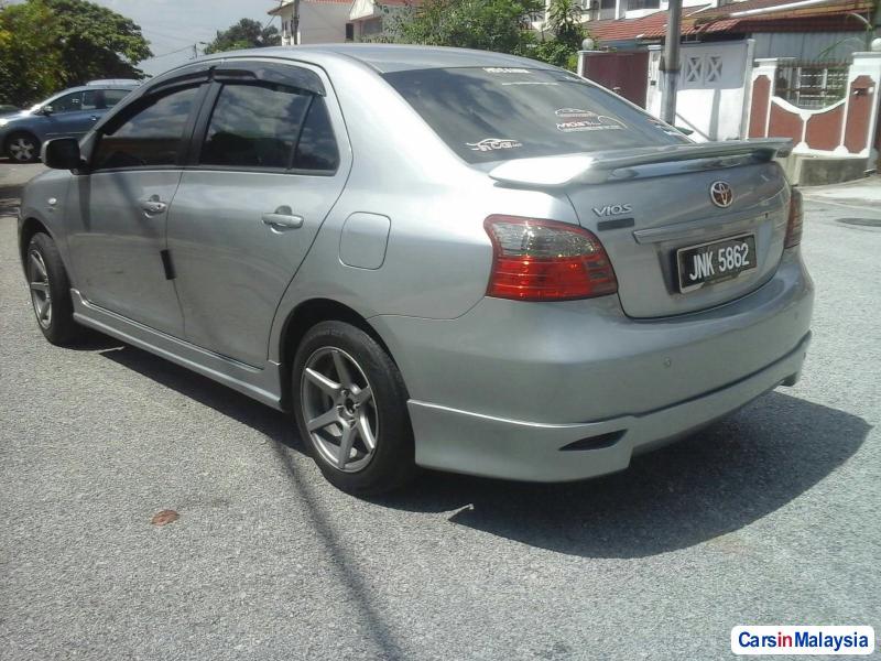 Toyota Vios - image 2