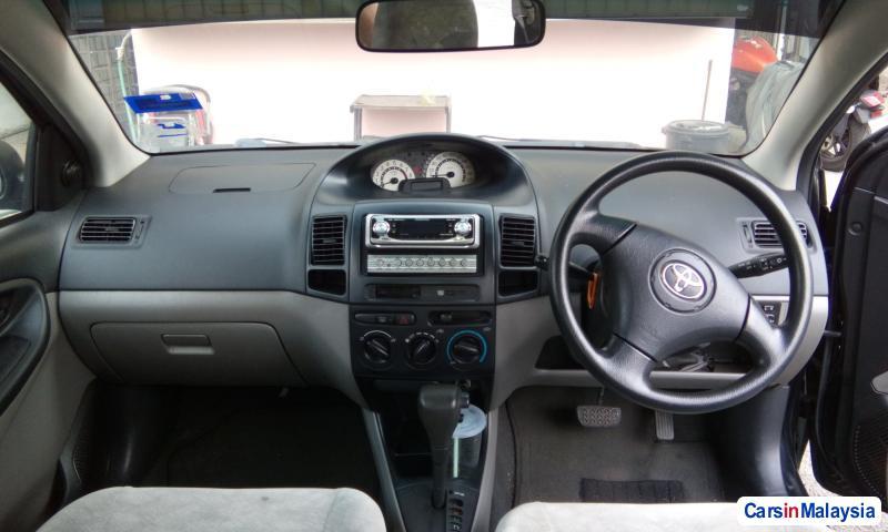 Toyota Vios - image 3