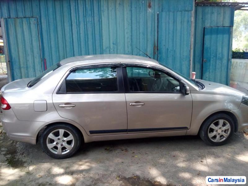Pictures of Proton Saga Automatic 2011