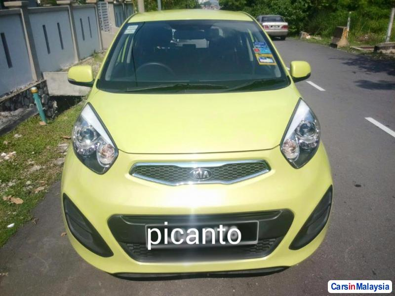 Pictures of Kia Picanto Manual 2015