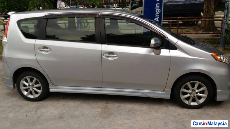 Pictures of Perodua Alza Automatic 2010