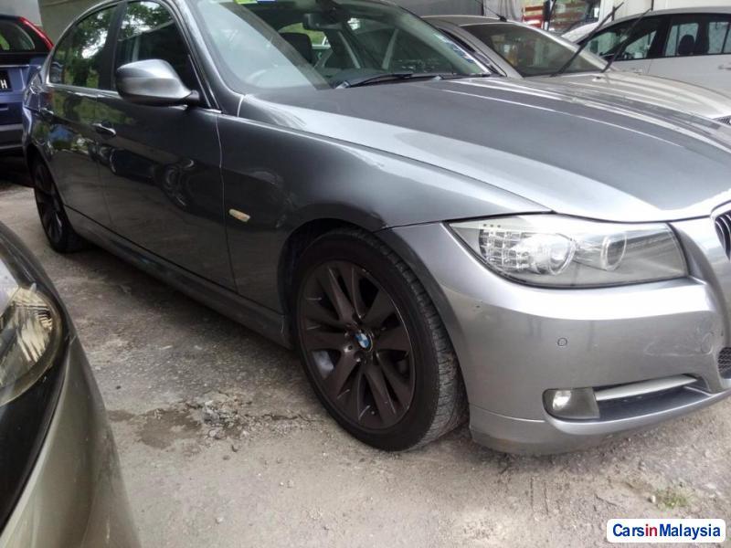 BMW M Automatic 2011