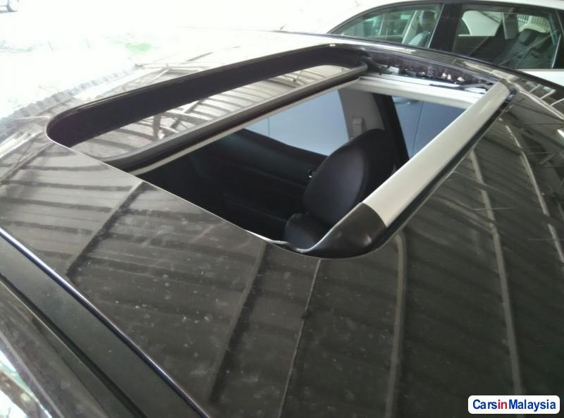 Mazda CX-7 Automatic 2010 - image 10