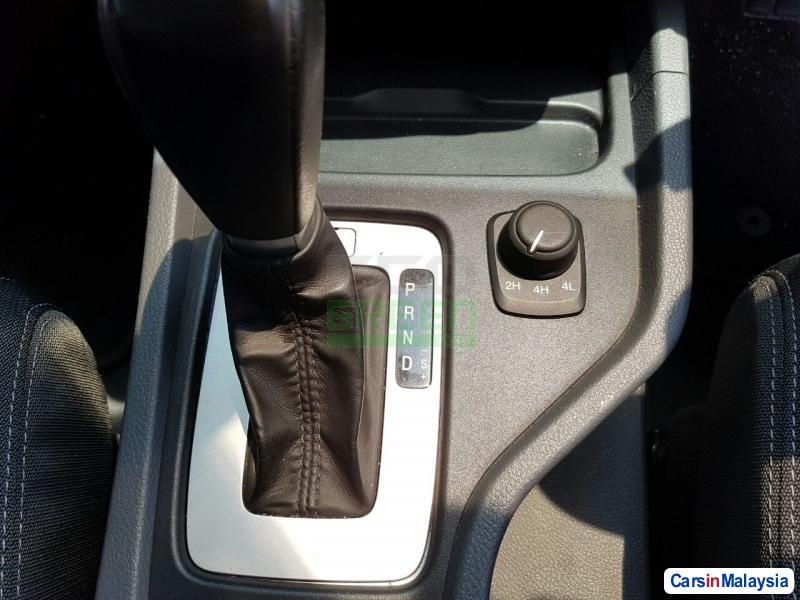 Ford Ranger Automatic 2012 - image 10