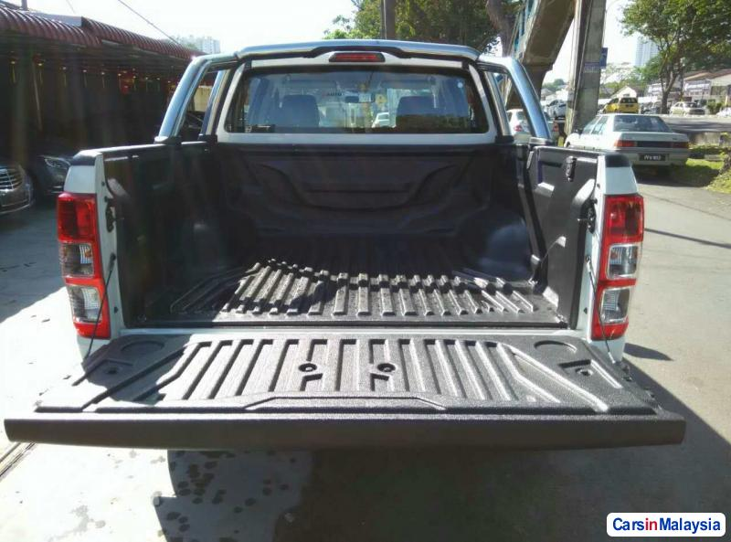 Ford Ranger Automatic 2013 - image 11