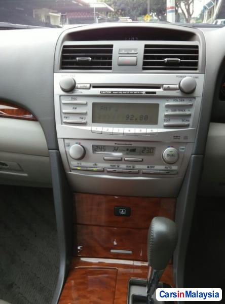 Toyota Camry Automatic 2009 - image 11