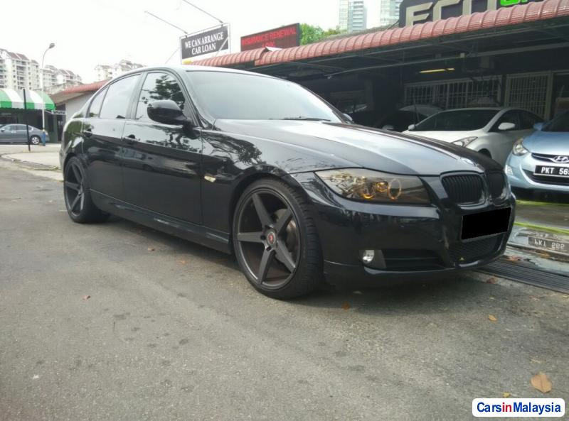 Pictures of BMW 3 Series Automatic 2009