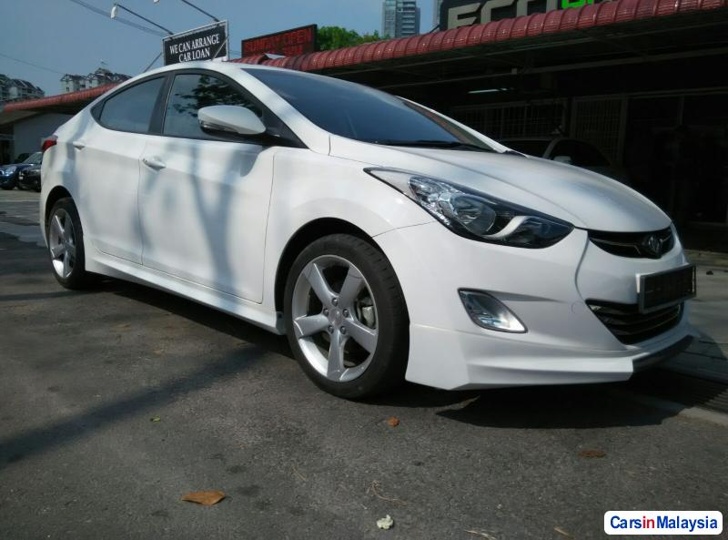 Picture of Hyundai Elantra Automatic 2014
