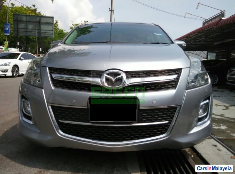 Mazda 8 Automatic 2011