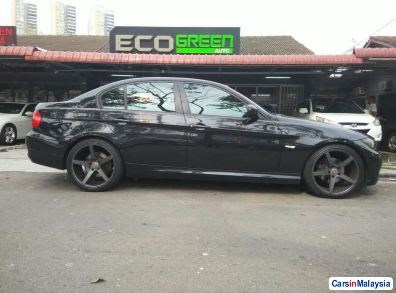 BMW 3 Series Automatic 2009 in Penang