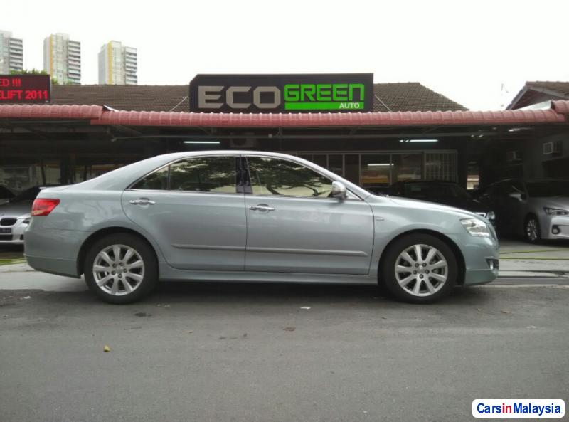 Toyota Camry Automatic 2009 in Penang