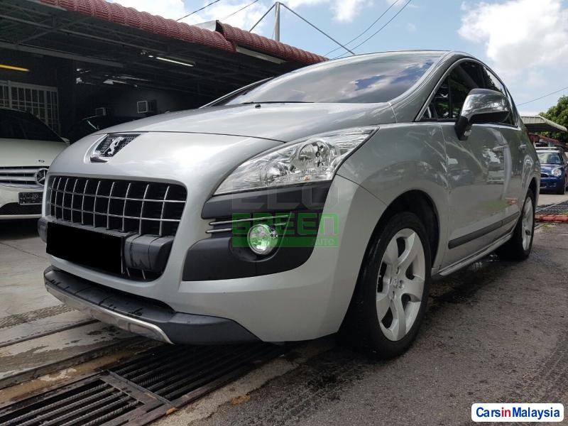 Peugeot 3008 Automatic 2012 in Penang