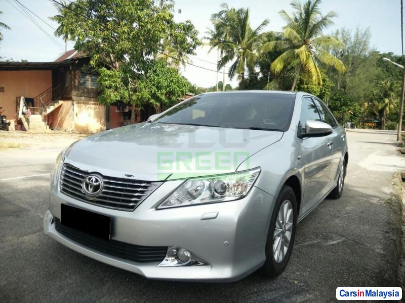 Toyota Camry Automatic 2012 - image 3