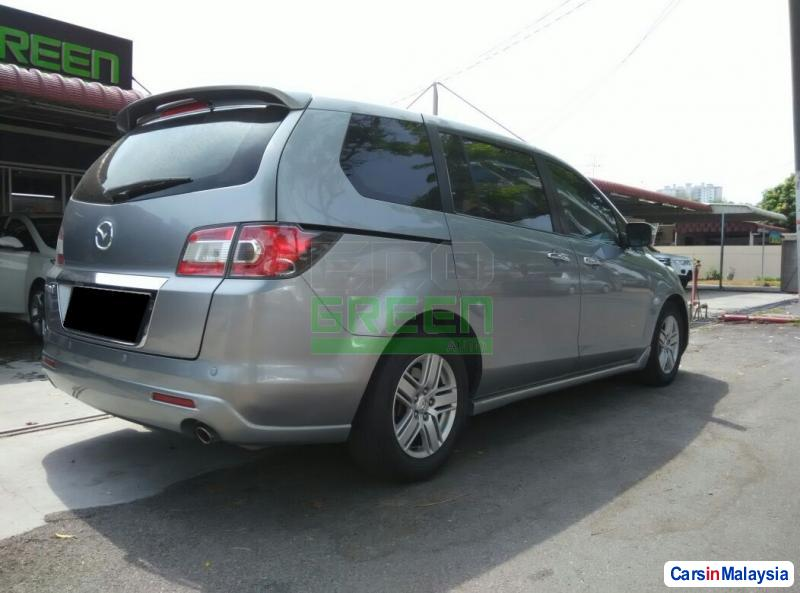 Mazda 8 Automatic 2011 in Malaysia