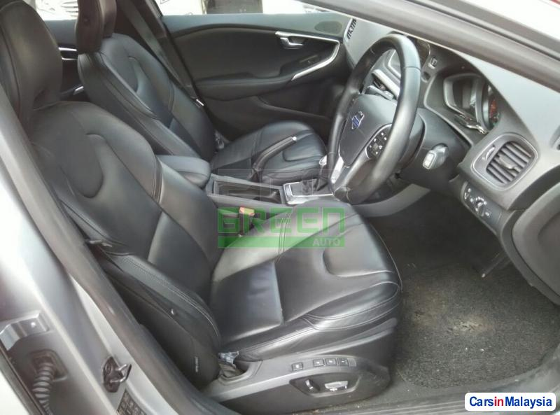 Picture of Volvo V40 Automatic 2013 in Malaysia