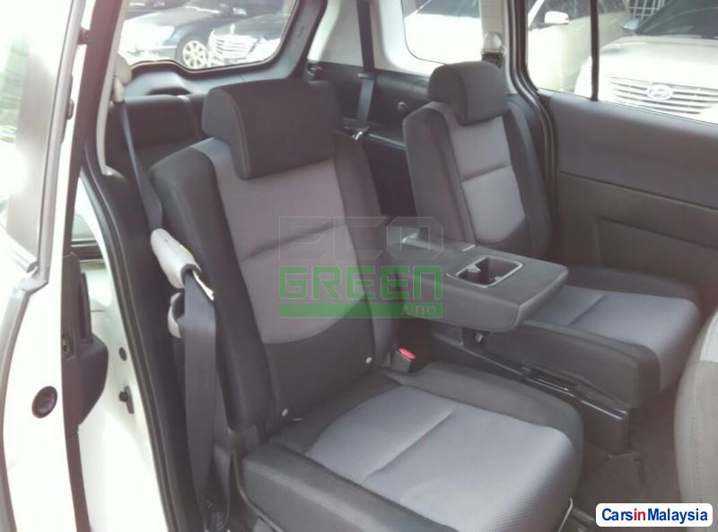 Mazda 5 Automatic 2006 in Malaysia - image