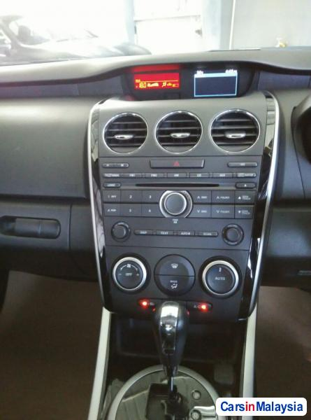 Mazda CX-7 Automatic 2010 - image 9