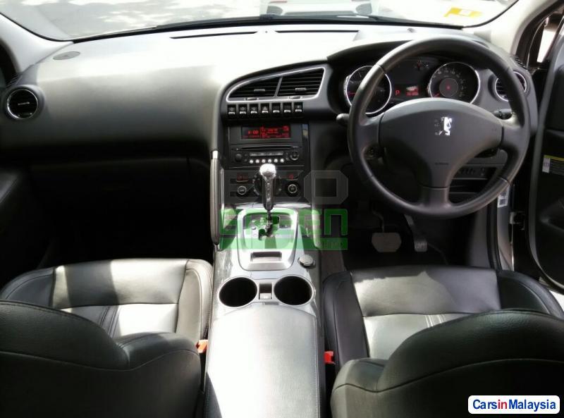 Peugeot 3008 Automatic 2012 - image 9