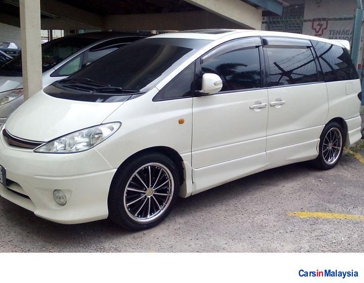 Picture of Toyota Estima Automatic 2004