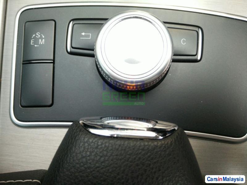 Mercedes Benz E250 Automatic 2012 - image 10
