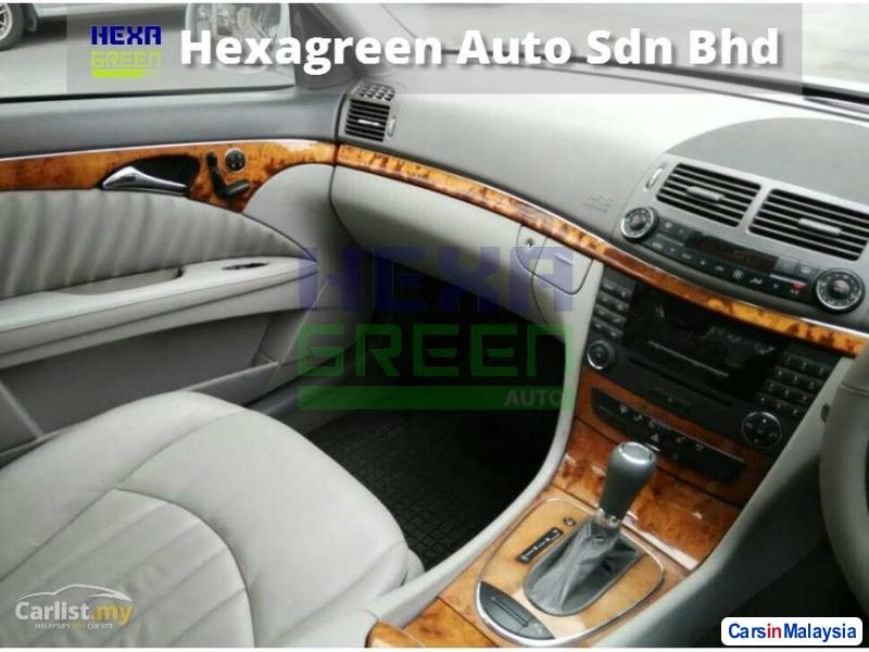 Mercedes Benz E200K Automatic 2007 - image 10