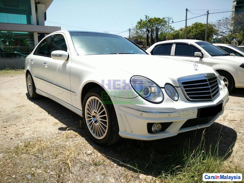 Pictures of Mercedes Benz E240 Automatic 2005