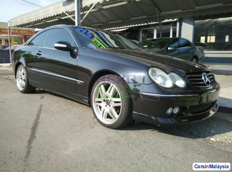 Picture of Mercedes Benz CLK-Class Automatic 2004