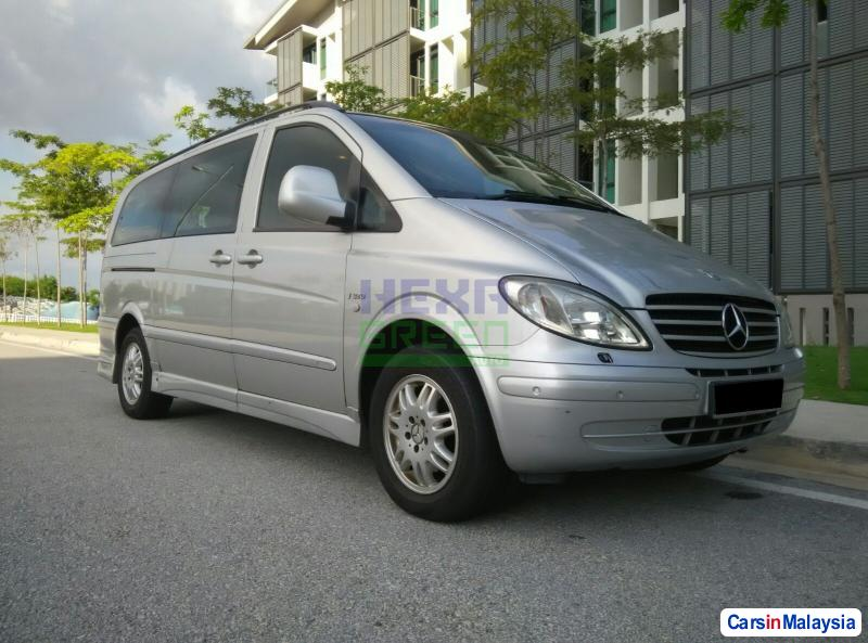 Pictures of Mercedes Benz Vito Automatic 2006